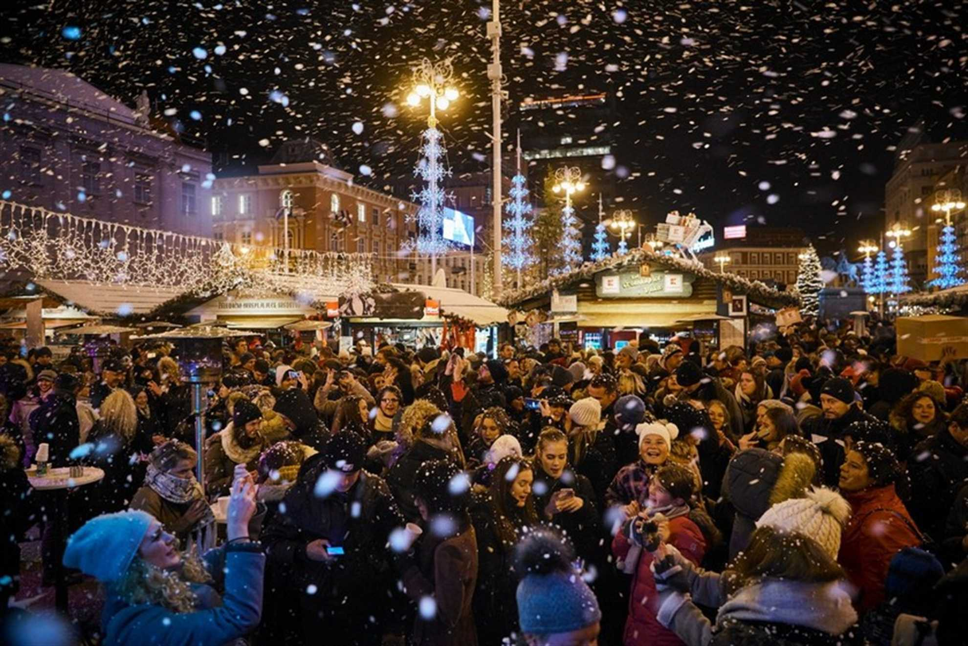 Let it snow, Christmas market in Zagreb, Photo: www.adventzagreb.com
