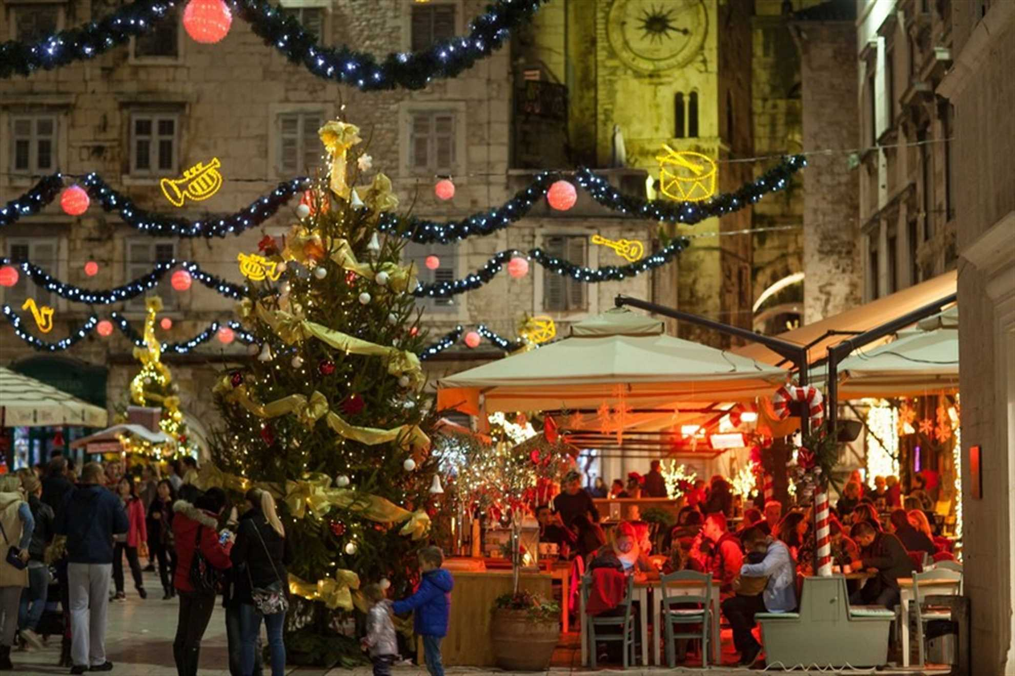 Christmas market on the Pjaca Square in Split