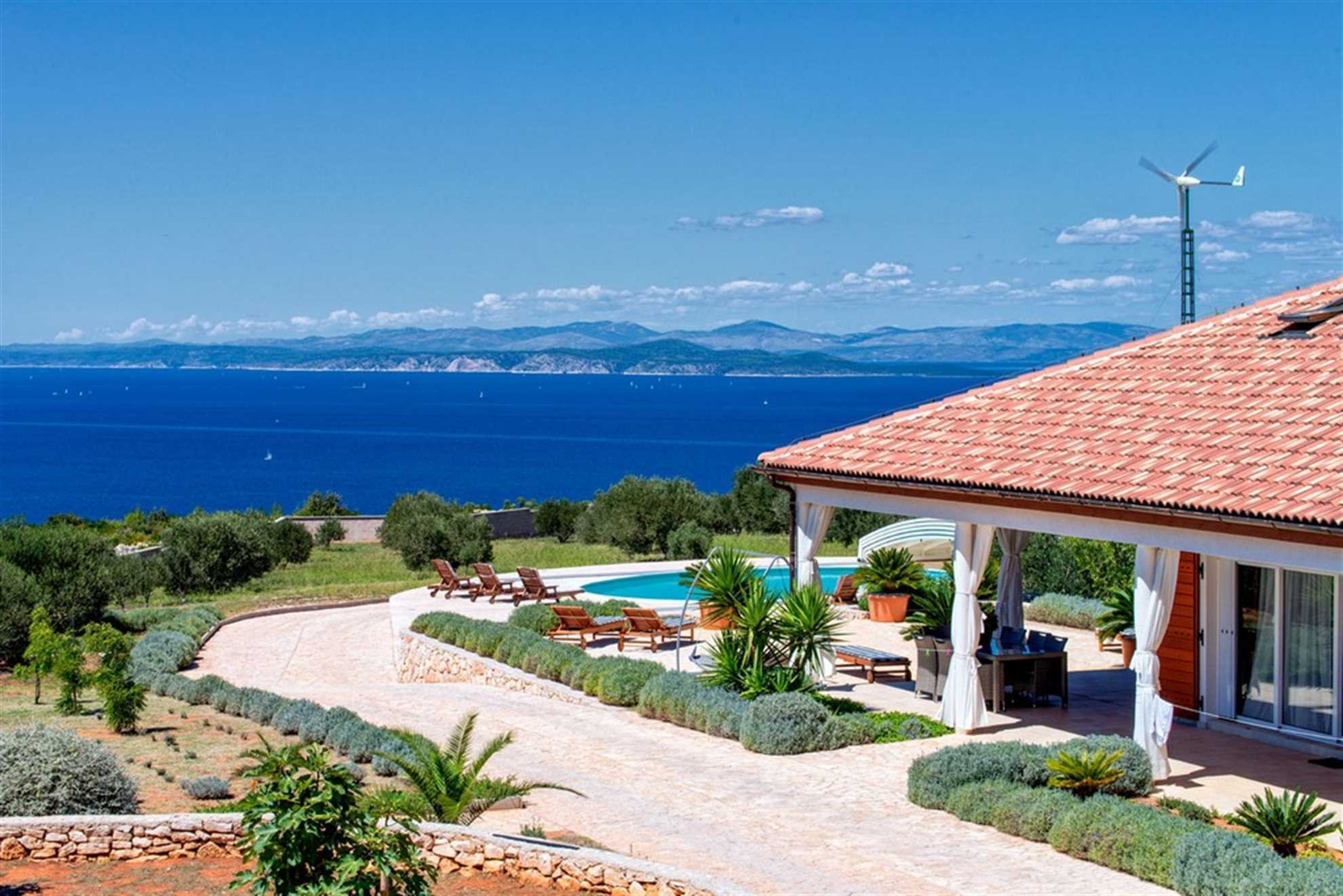 Villa Golden Olive with Swimming Pool on Hvar island