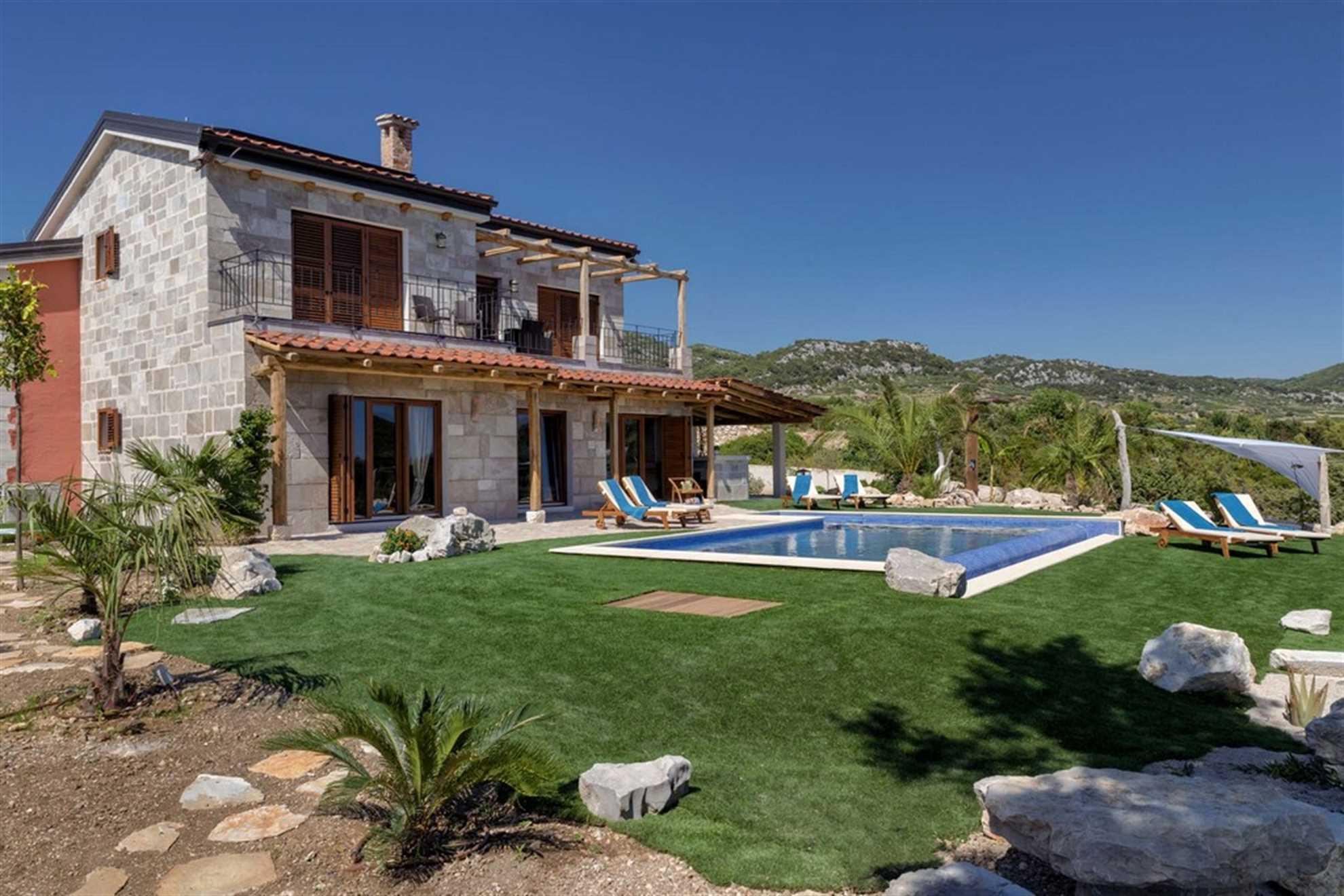 Luxury Villa Ocean Seeker with Pool in Hvar