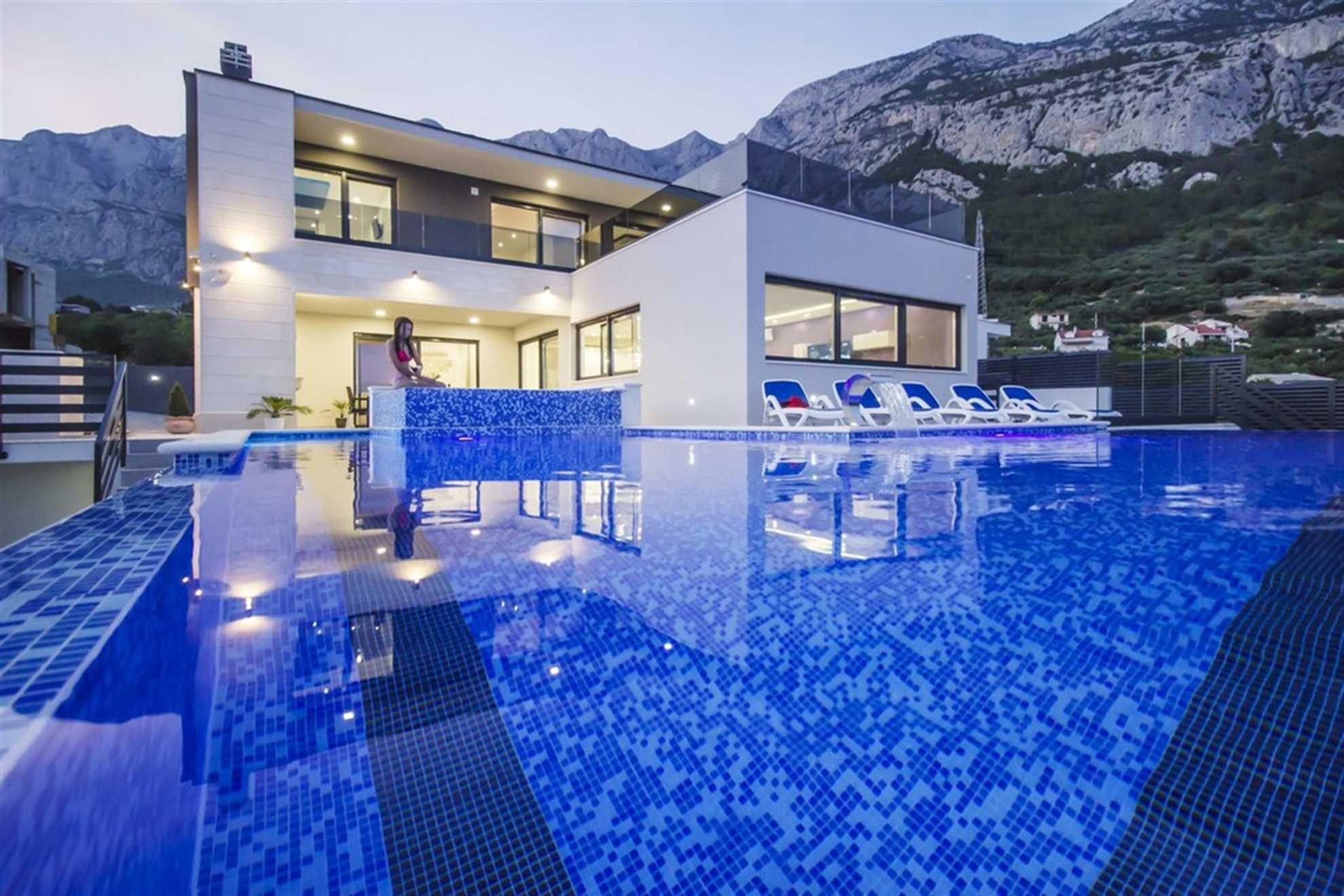 Luxury Villa High Hopes in Makarska