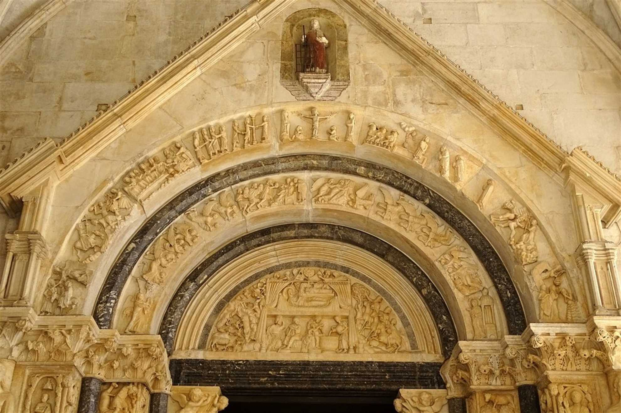Trogir Cathedral Archway