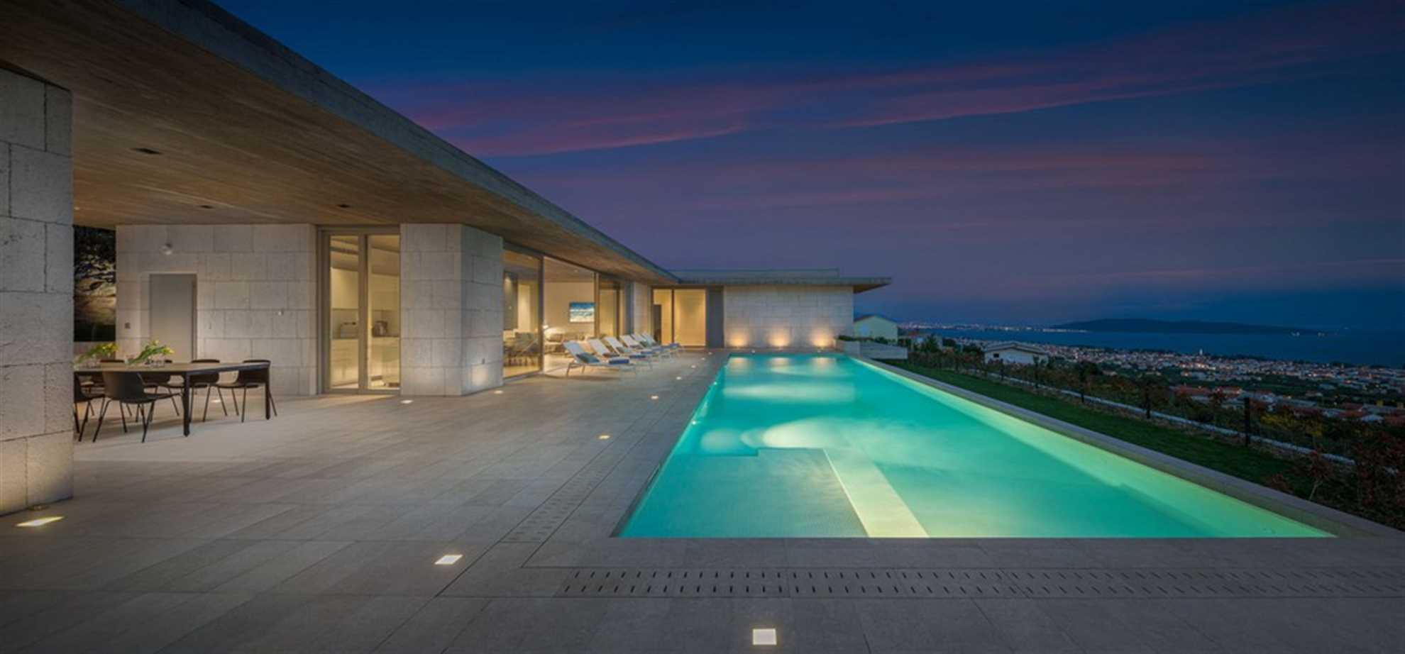 Radun Home near Split