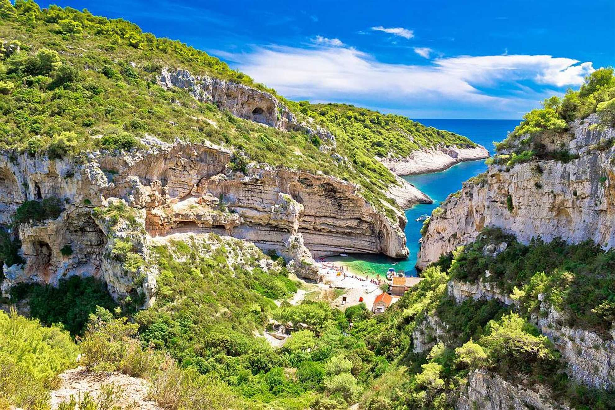 Mala Stiniva Bay, Vis, Croatia